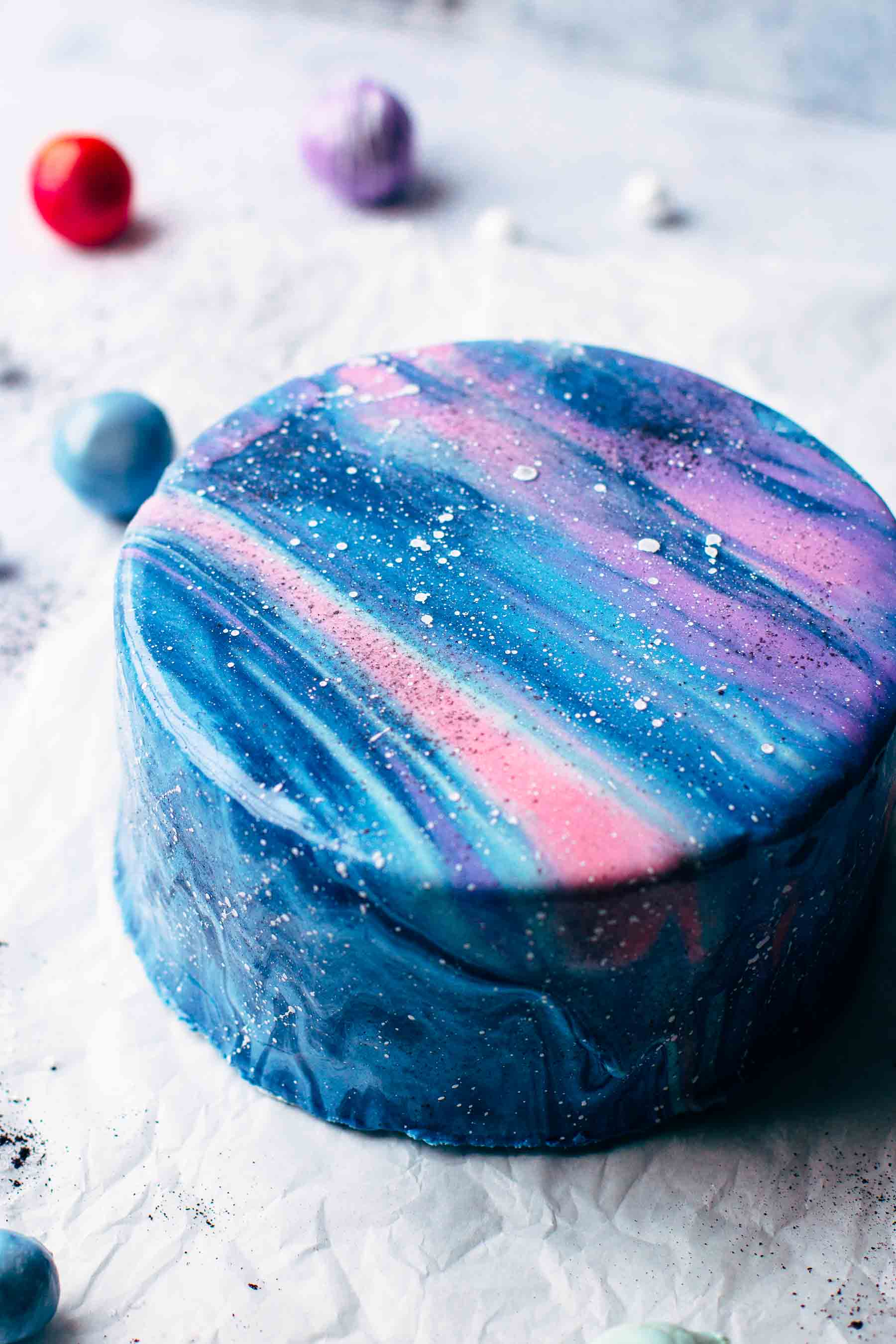 How to Make a Galaxy Mirror Cake
