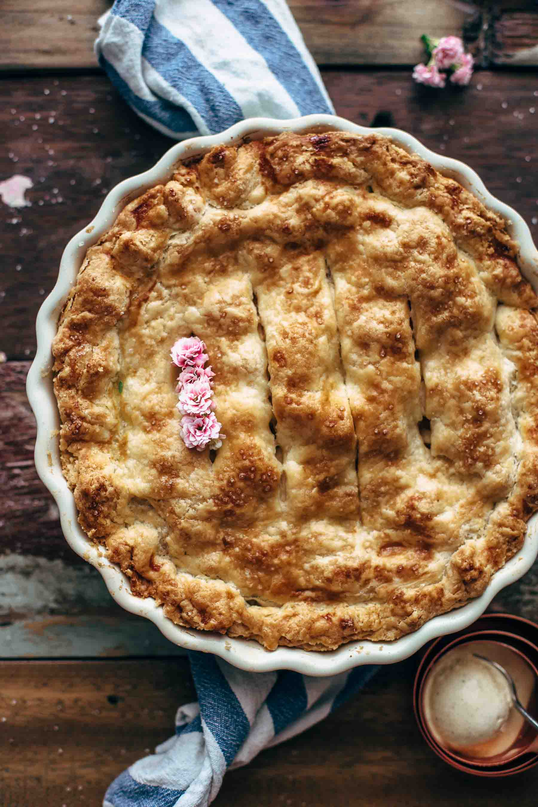 Best Apple Pie recipe from scratch