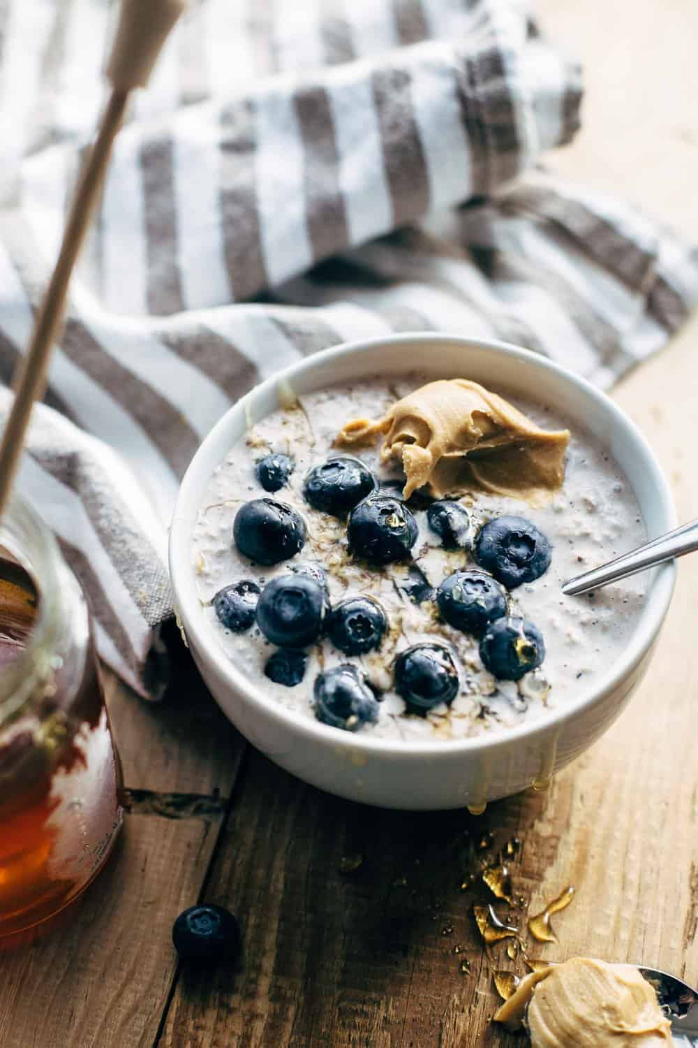 Blueberry Cream Cheese Overnight Oats