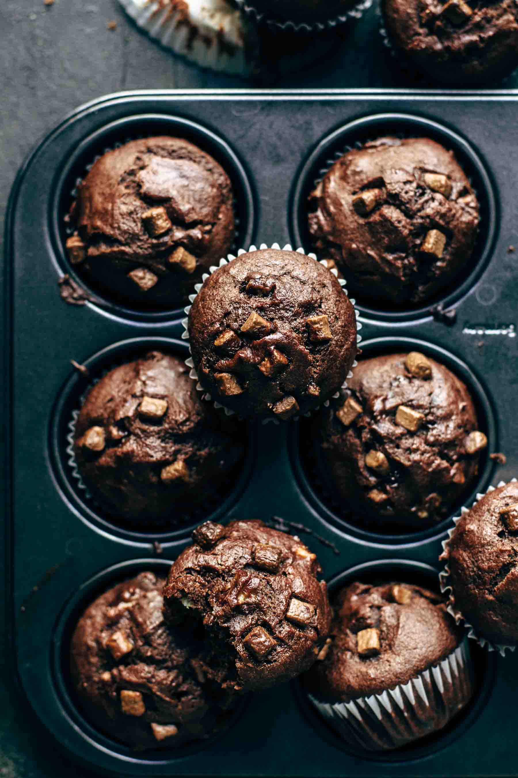 Soft and Moist Banana Chocolate Muffins Recipe