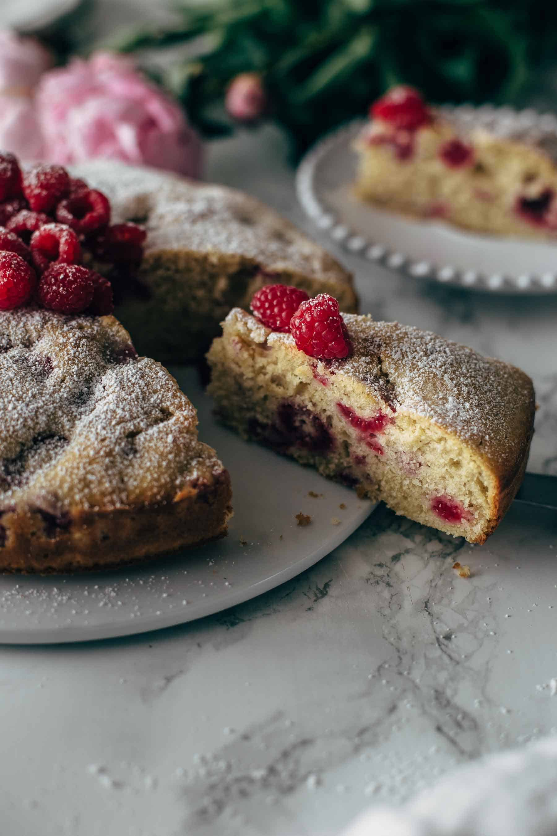 Easy Raspberry Cake Recipe From Scratch