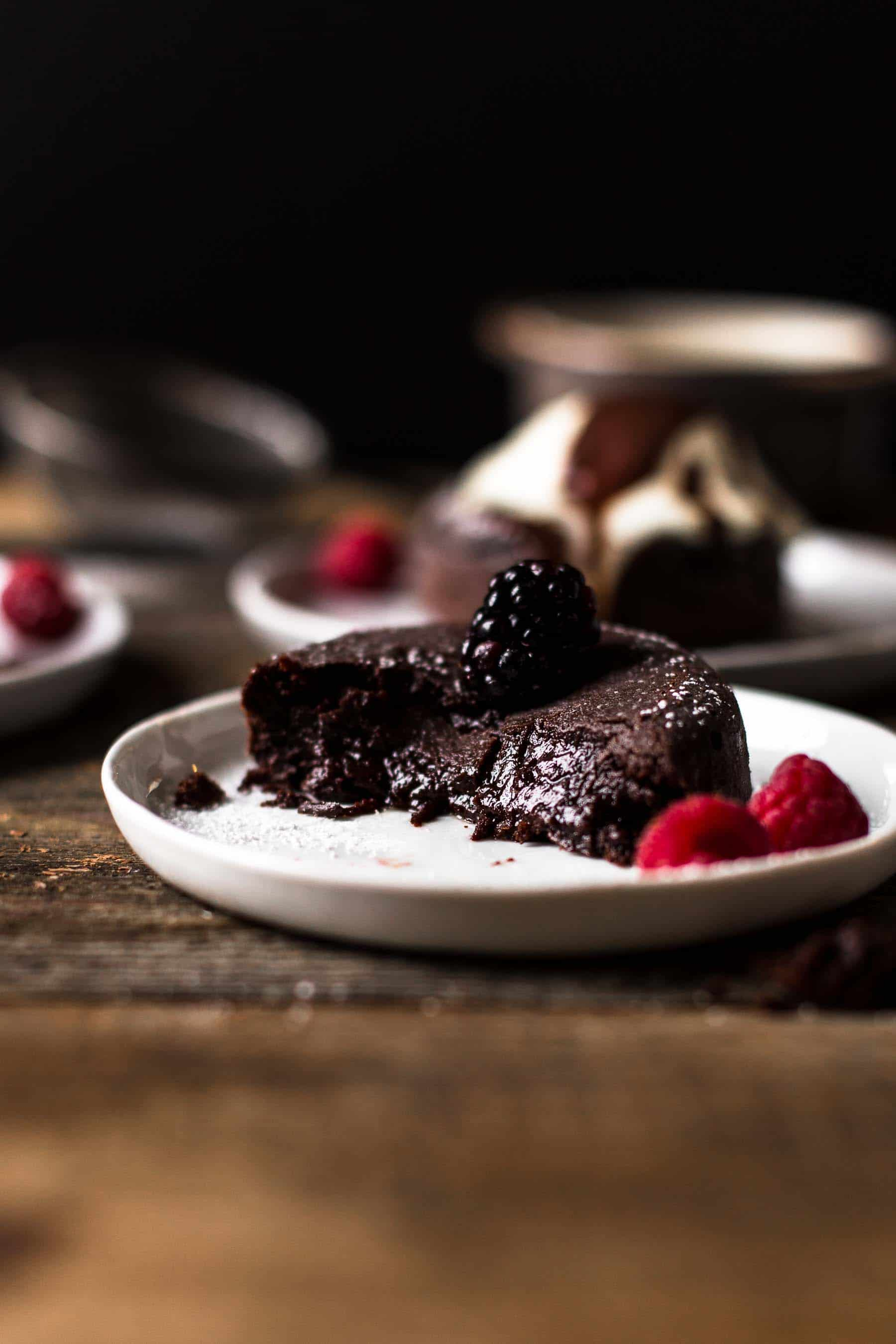 Mini Chocolate Cake with molten center from the center