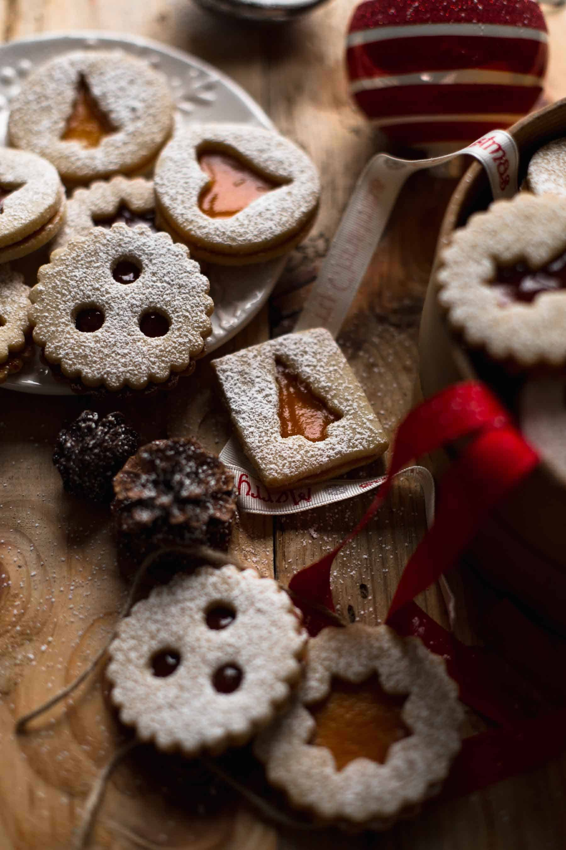 Linzer Cookies on a table