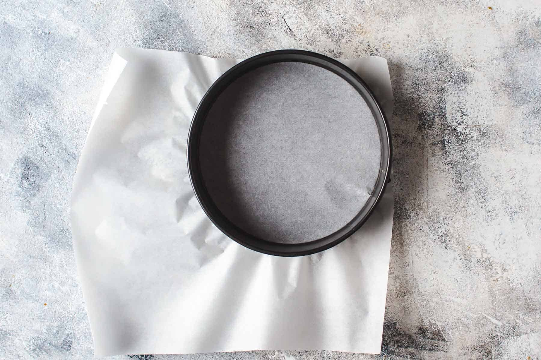 Parchment paper in springform pan