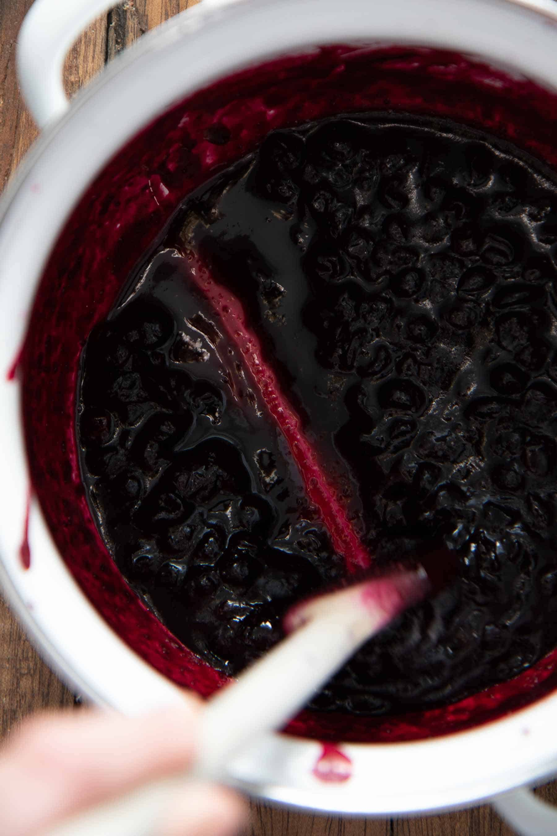 Cooled blueberry sauce