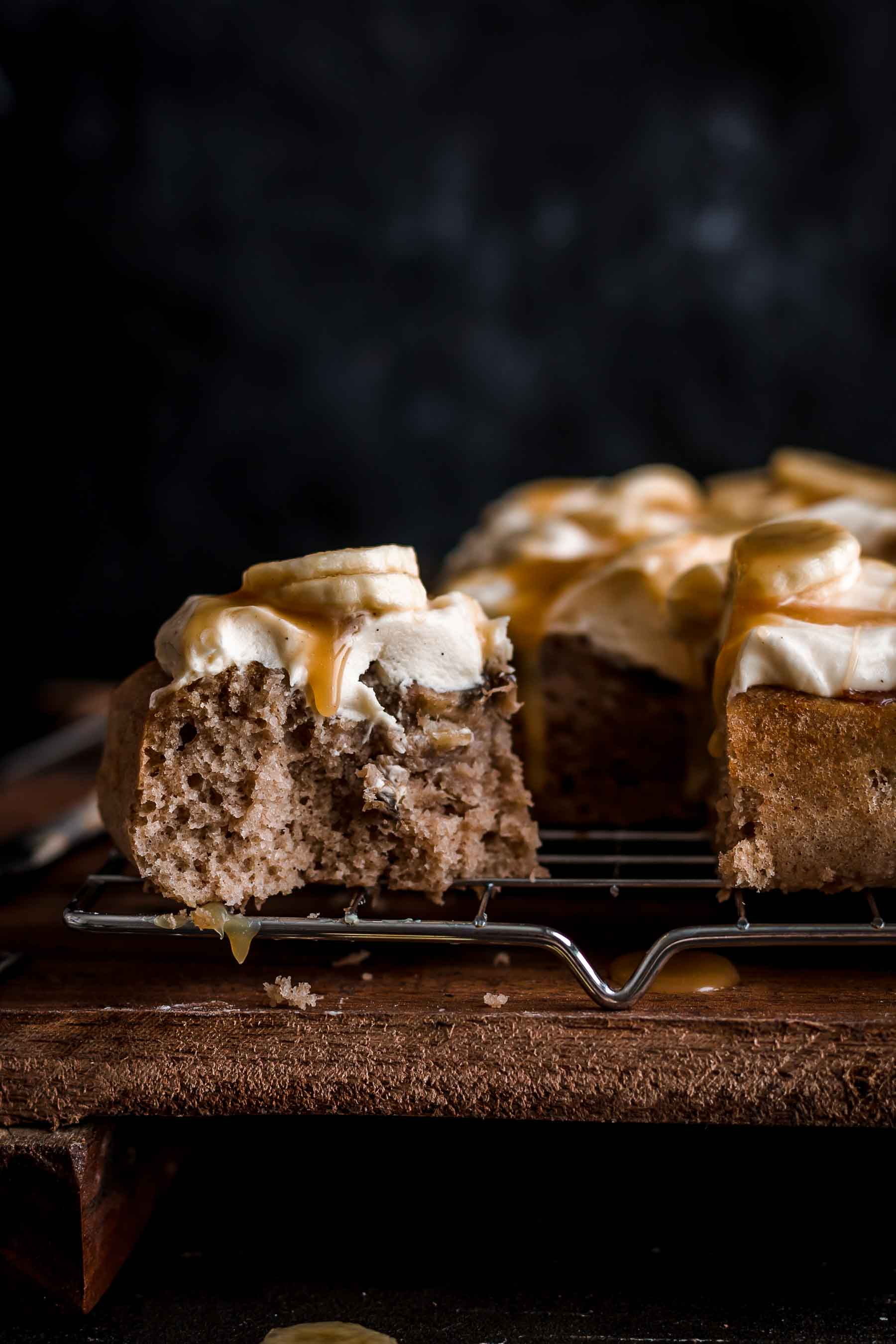 This Banoffee Cake is a dreamy combination of banana cake and salted caramel cream cheese frosting.Banoffee Cake Recipe by Also The Crumbs Please#banoffee #cake #banana #caramel #creamcheesefrosting #banoffeecake