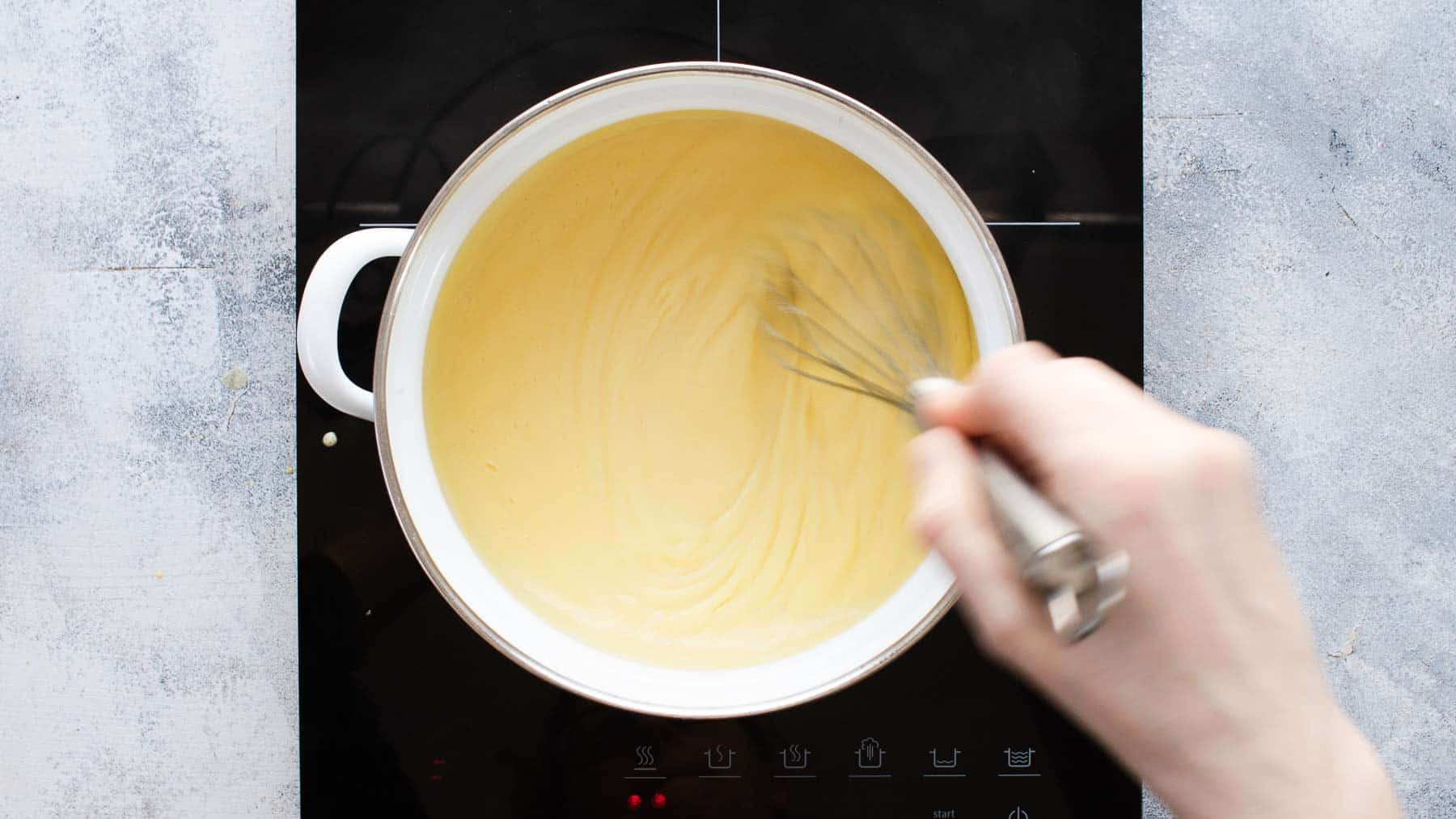 using cook top to whisk cream filling for pie