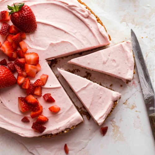 No-Bake Strawberry Cream Cheese Pie Recipe