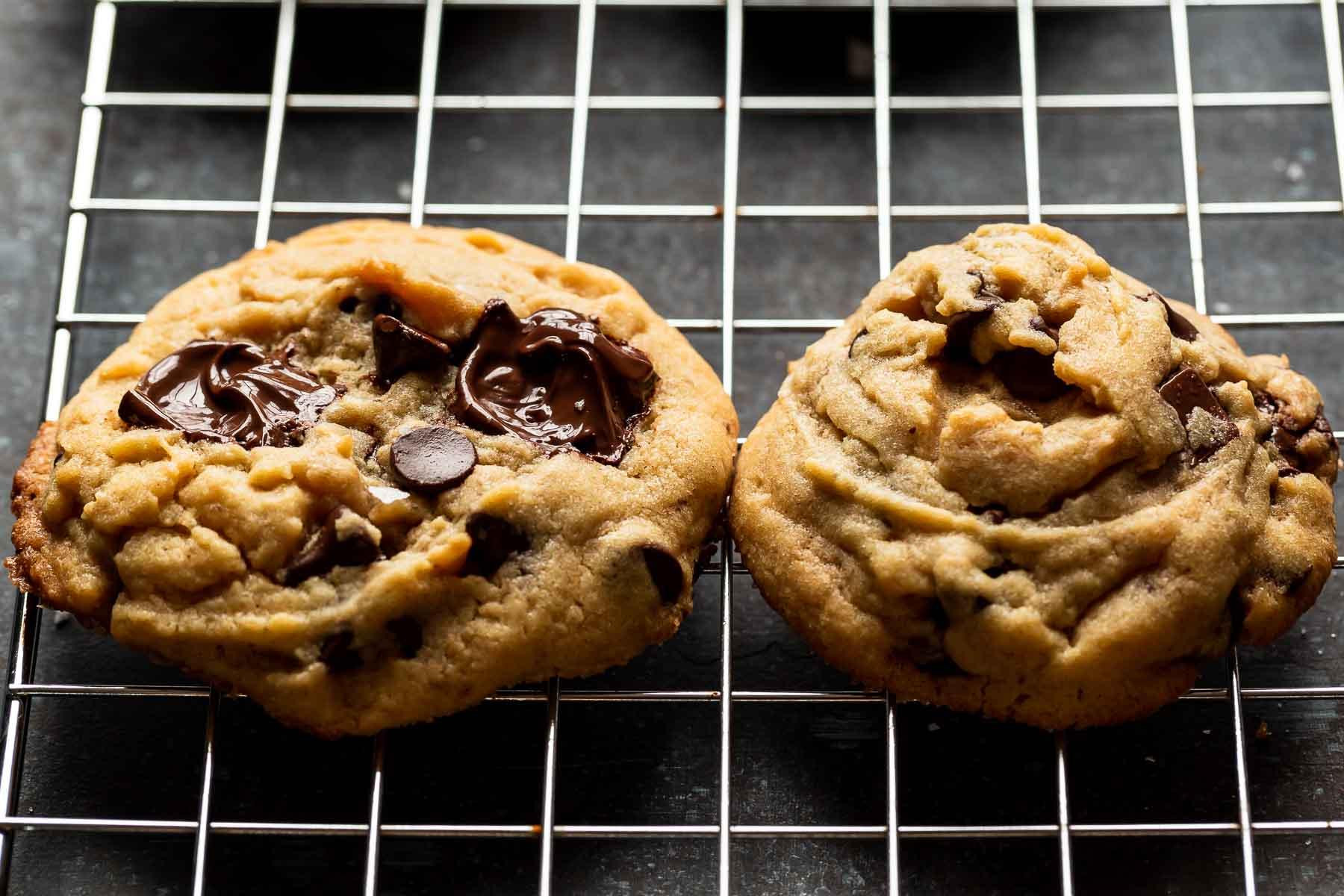cookies on cookie rack