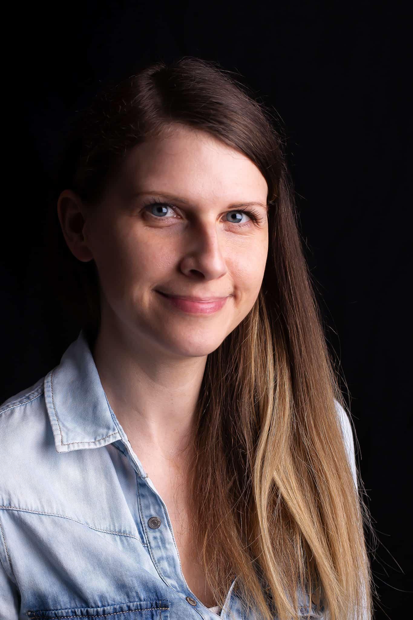 Headshot Sabine Venier