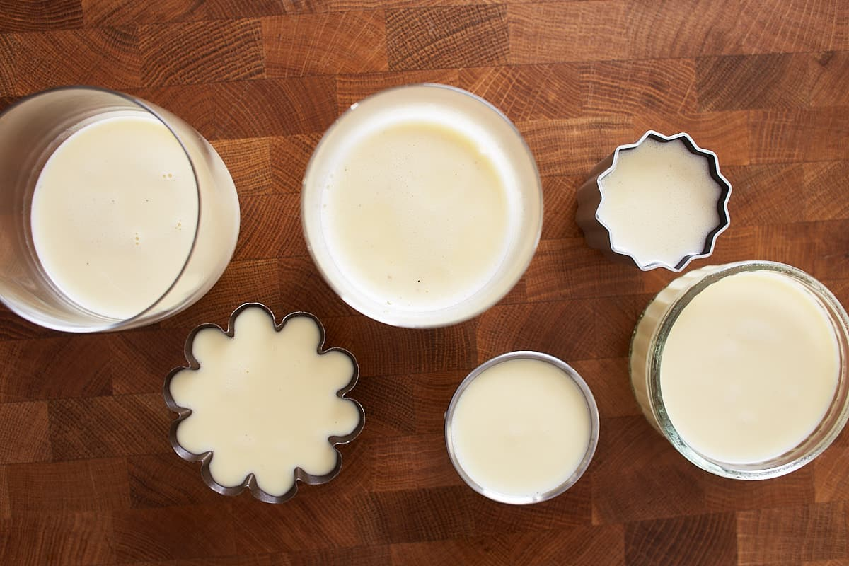Cooked cream filled into glasses and holds